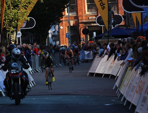 Paul Voss leads, Dean Windsor chases, then the peloton | by Sum_of_Marc