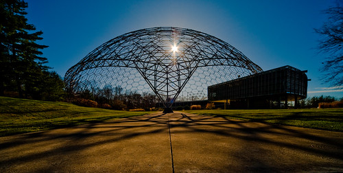 travel light ohio sun tourism architecture geotagged nikon aluminum raw nef geometry structure flare geodesicdome rbuckminsterfuller cs4 sigma1224 asminternational d700 geaugacountyohio materialspark ohiotravel pse8