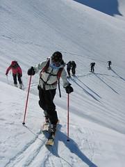 Kritické místo – postavit se na hrany znamenalo podklouznutí lyží…Sylva ukázkově zatěžuje pásy.