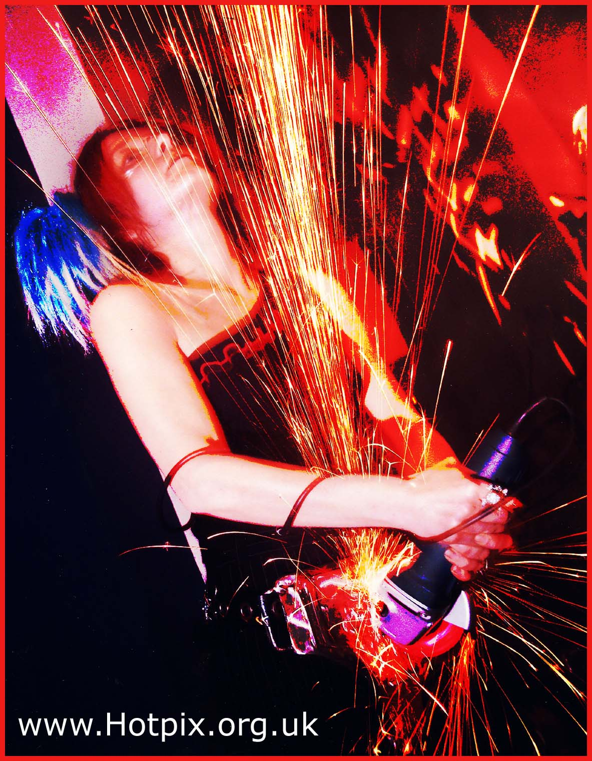 band,girl,woman,grinder,stage,live,music,musician,levenshulm,palace,theatre,theater,red,spark,sparks,UK,england,unsigned,signed,rock,act,manchester,northwest,north,west,Levenshulme,Tony,Hennigan,Hennigans,MIS,@hotpixUK,ActiveH,housingtechnology