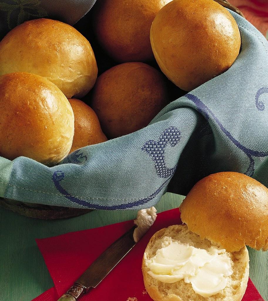 Bread Machine Dinner Rolls Recipe Ingredients 1 Cup Water Flickr