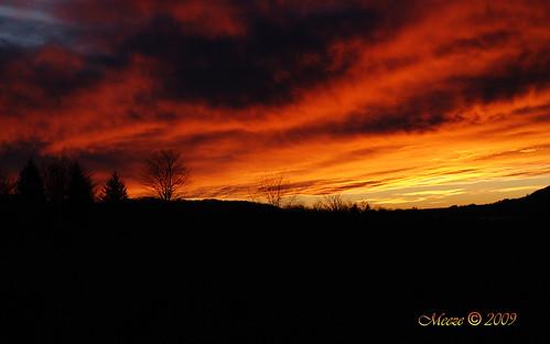 sunset yellow cannan nikond80 cloudsanddarkness meezemountains
