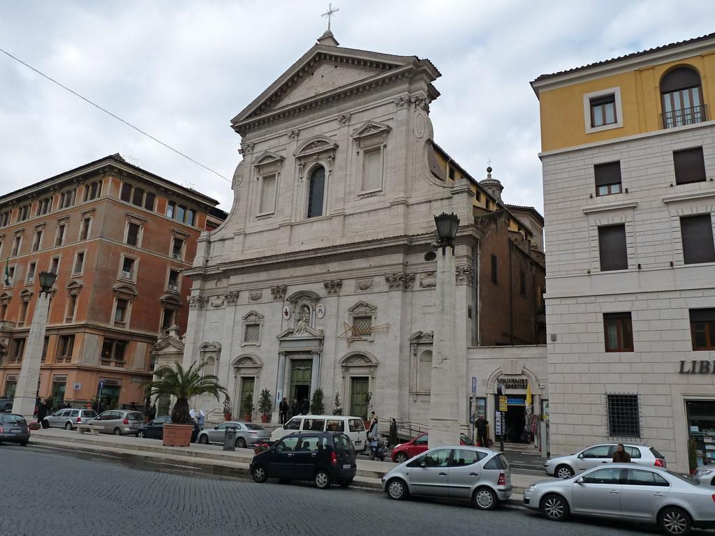Risultati immagini per Santa Maria in Traspontina