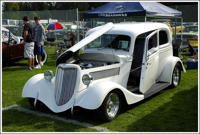 1933 Ford Tudor Victoria