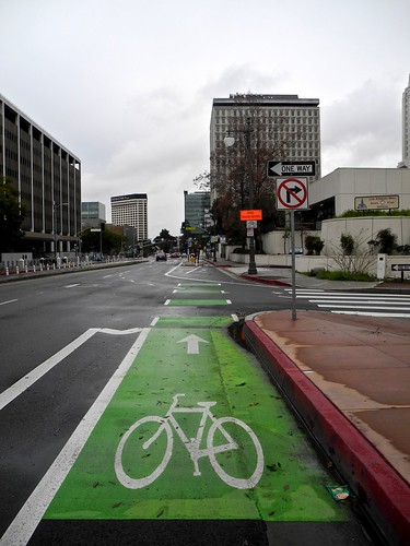 bike and ped crossing after 101 off-ramp | by citymaus