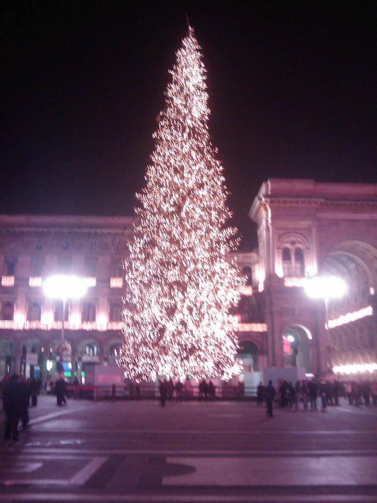 Albero Di Natale Milano.Albero Di Natale Piazza Duomo Milano 2009 12 Dicembre