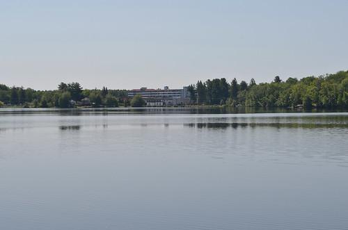 lake hotel resort borschtbelt sullivancountyny swanlakeny