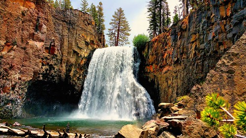california water river waterfall rocks stream mammoth mammothlakes sierranevada rushingwater rainbowfalls sanjoaquinriver johnmuirwilderness flowingwater inyonationalforest waterpictorial joelach