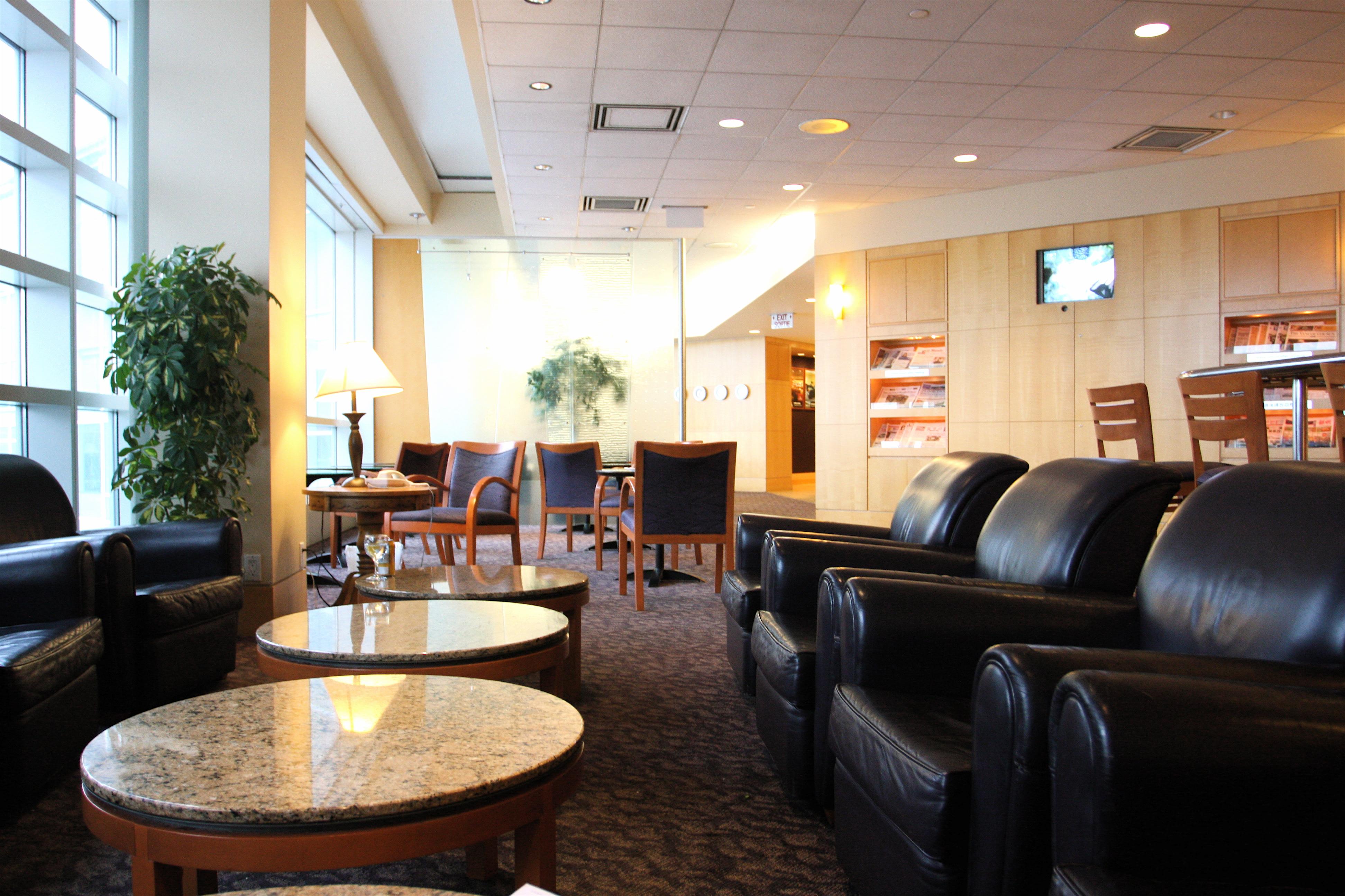 Plaza Premium Lounge - Vancouver Airport