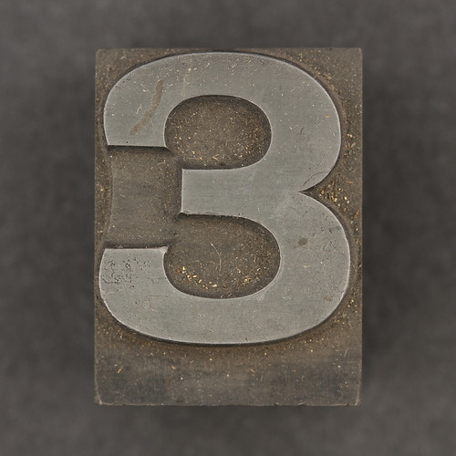 Caslon metal type number 3 | by Leo Reynolds