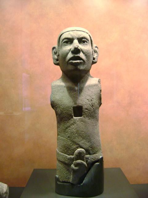 Retrato de azteca, Sala Méxica, Museo Nacional de Antropología, Ciudad de México/Portrait of an aztec, Aztec Room, Museum, Mexico City - www.meEncantaViajar.com
