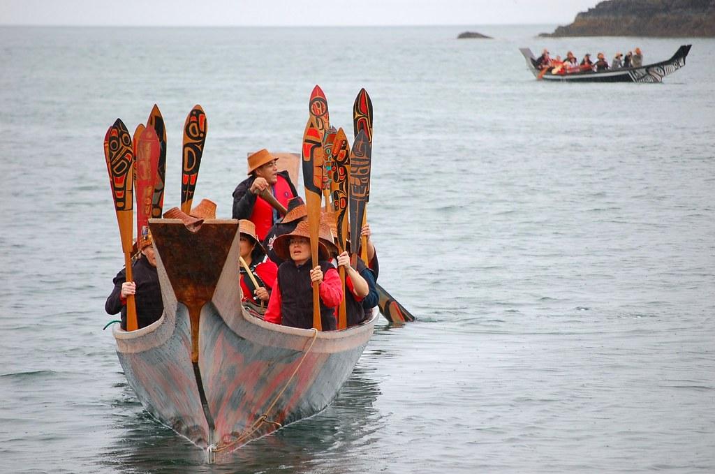 Haida canoes arriving