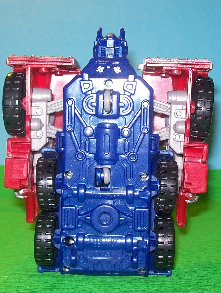 Optimus Prime Gravity Bots Transformers Revenge of the Fallen 008