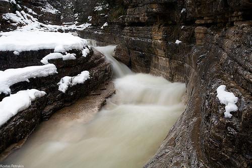 travel winter snow water river landscape flow hellas greece canon5d waterscape canon1740l papigo