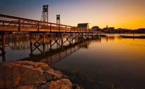 longexposure sunset dock maine newhampshire portsmouth 5d memorialbridge kittery canonef1740mmf4l bw30nd