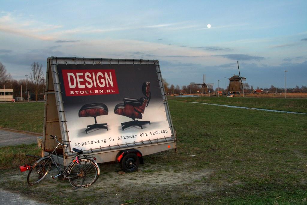 Design Stoelen Alkmaar.Design Along The Road Hier Is T View On Black Flickr