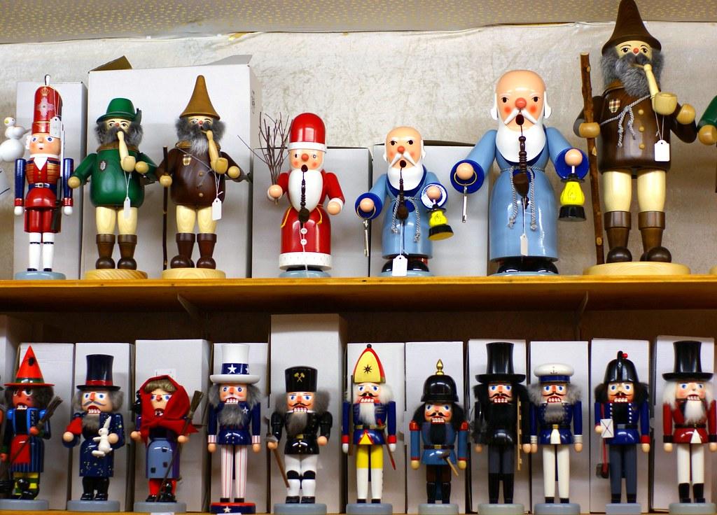 Lego Weihnachtsmarkt.Mainz Weihnachtsmarkt 2008 Nussknacker Und Räuchermännch Flickr
