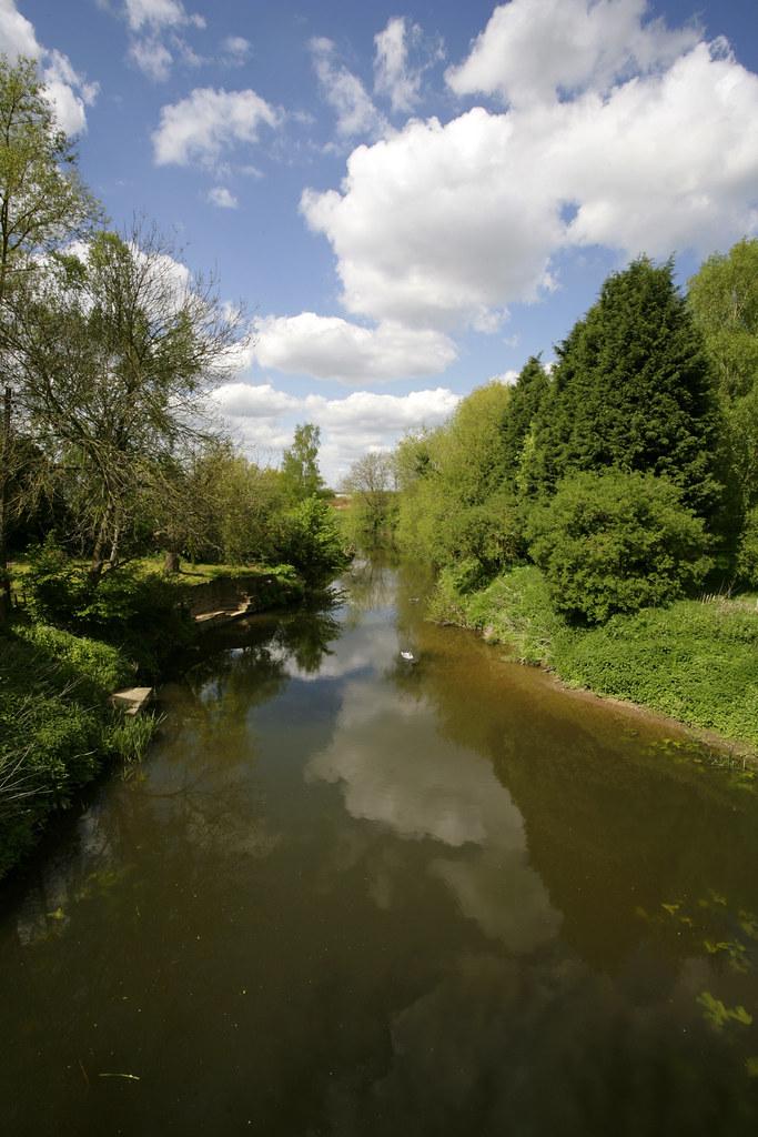 river medway@ yalding kent.