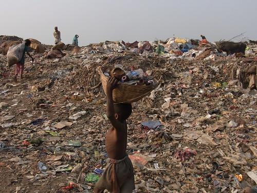 Kolkata Waste Dump Vision * | by Sterneck