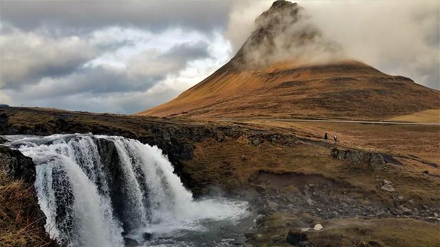 Kirkjufell mountain & waterfall