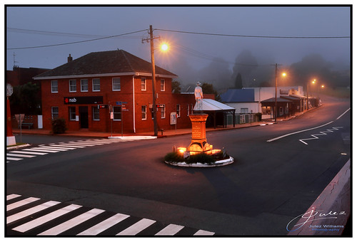 historic mist fog light street stripes mood morning february summer powerpole lines contrast photoborder glow highlight early dawn newsouthwales australia buildings architecture road landscape grey