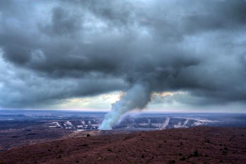vent volcano hawaii lava lookout bigisland volcanonationalpark eruption jaggarmuseum