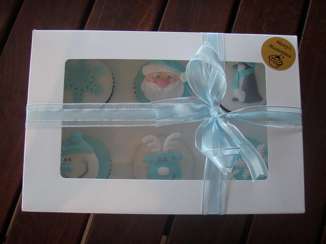 Mossy's masterpiece - Baby Boys first christmas gift boxed cupcakes