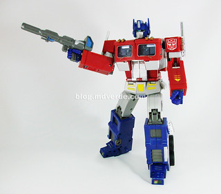 Transformers Optimus Prime Masterpiece MP-4 - modo robot | by mdverde