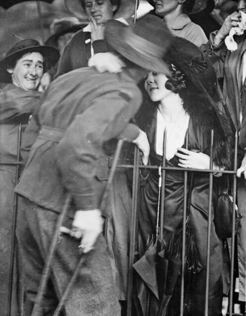 A welcome home kiss, 1919