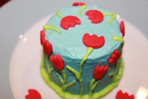 tulip cake top | by MiraUncutBlog