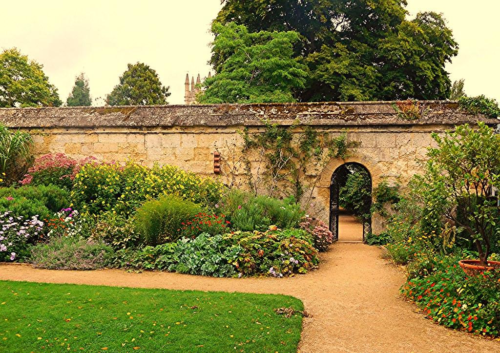 English Garden Oxford Botanical Gardens Spring Blossom Flickr