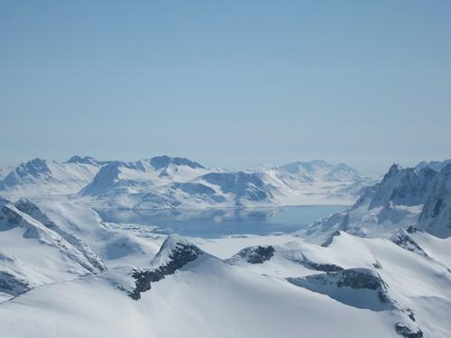 Sun, 2011-05-08 15:38 - Greenland ski touring 2011-2