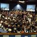 Fri, 27/11/2009 - 15:43 - Gran foto de familia de todos os estudantes e profesores, xunto cos organizadores, da Galiciencia 2009.