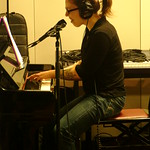 Thu, 18/03/2010 - 11:47am - Erin McKeown backs up Patty Larkin in Studio A, 3/18/10  photos copyright 2010 -gaylemiller.com