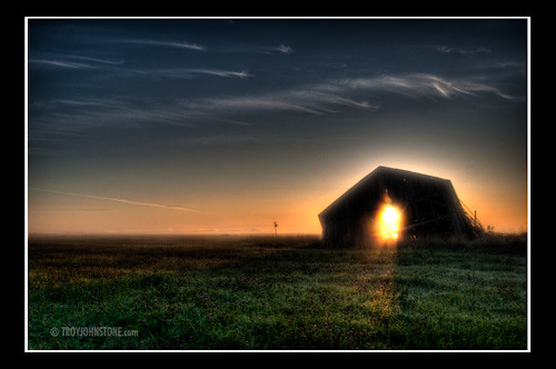 morning canada barn sunrise decay farm newbrunswick sackville hdr tantramarmarsh 7kmnofsackville