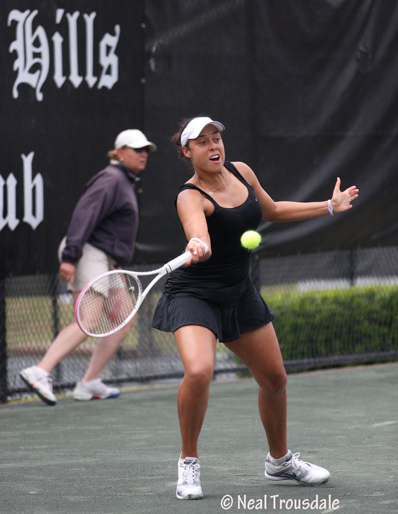 Alexandra Stevenson of the US returns a volley by Miriam D