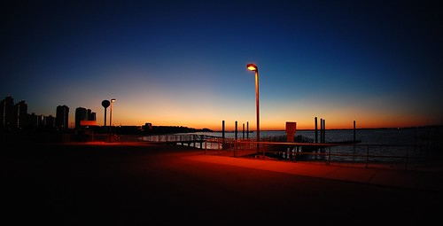 ocean sunset vacation sun beach docks boat dock sand nikon florida watertower 105 destin navarre silohette boatramp 105mm 105mmf28gfisheye d40 settingofthesun leetol ethanklosterman