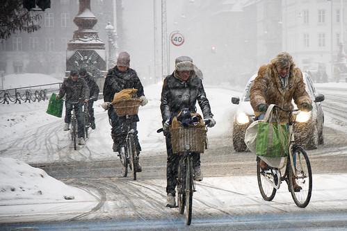 Cycling in Winter in Copenhagen   by Mikael Colville-Andersen