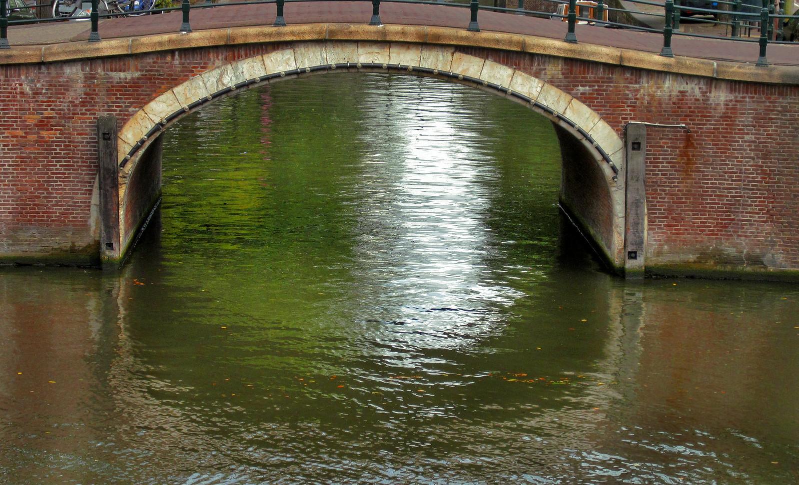 Amsterdam 593