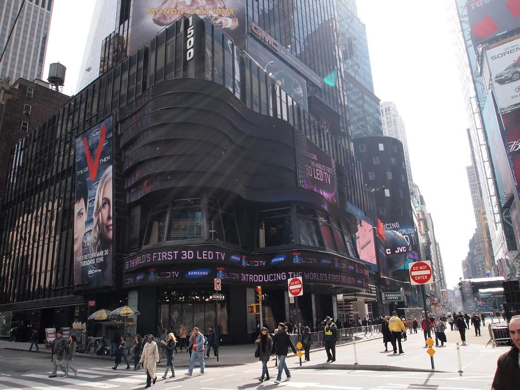 Samsung 3D LED TV advertisement at Times Square | nakashi | Flickr