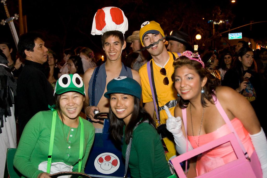 West Hollywood Halloween Costume Carnaval 2009 ~ Mario Kar ...