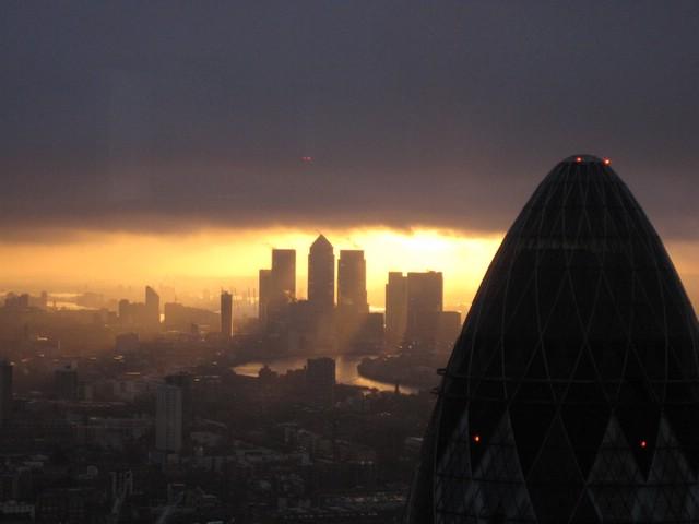 2010-02-25: Tower 42 (View of Wharf/Gherkin at Dawn)