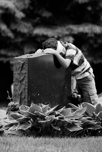 boy project memorial day pentax headstone cemetary tombstone grandson 365 fathers remembering