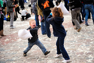 Warsaw Pillow Fight 2010 | by Kuba Bożanowski