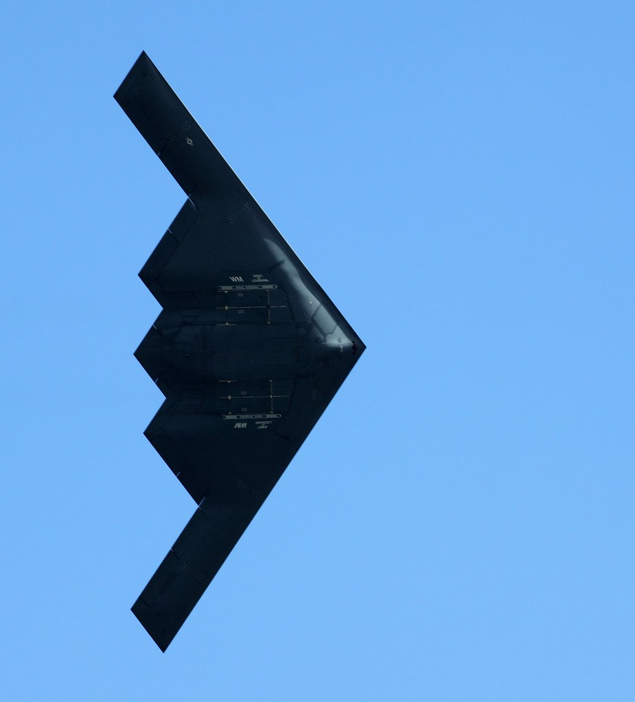 Scott AFB Air Show - B2 Stealth Bomber | B2 doing a high ang… | Flickr