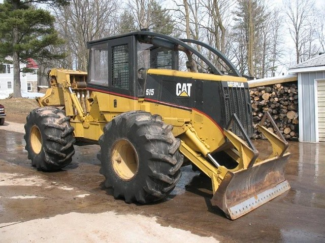 CAT 515 Grapple Skidder with Winch 001 | These units are ver