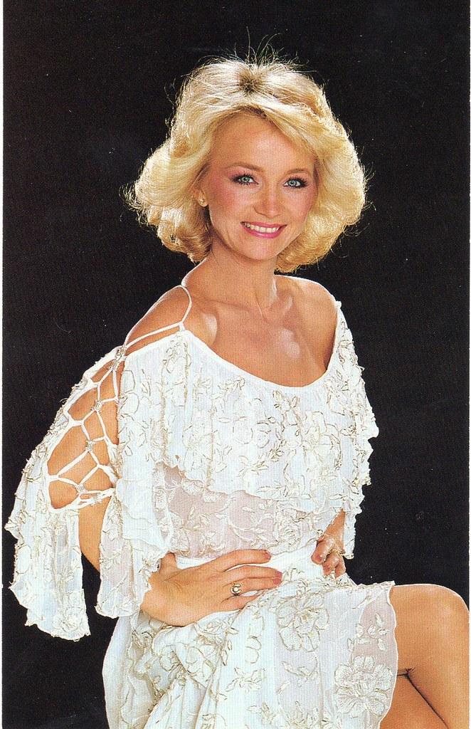Barbara Mandrell Postcard  I Wish Someone Would Have Sent -5036