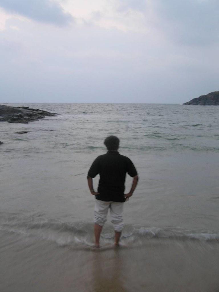 Akshay and The Arabian Sea © 2006 Anoop Sankar
