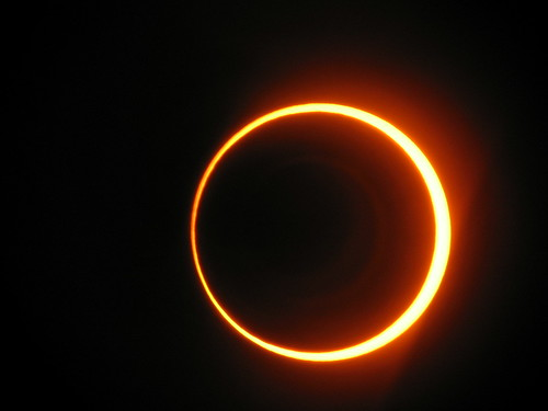 Eclipse Anular   by sancho_panza