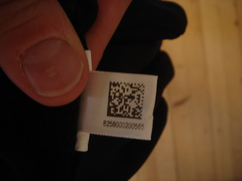 qr coded gloves | by habi